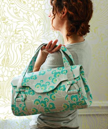 free patterns amy butler blossom handbag shoulder bag free pattern sew mama sew