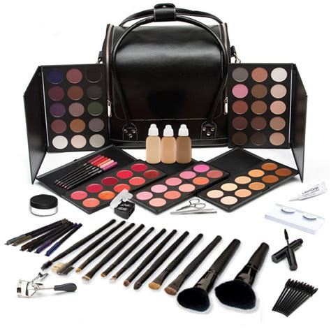 Make Up pro makeup kit from of makeup