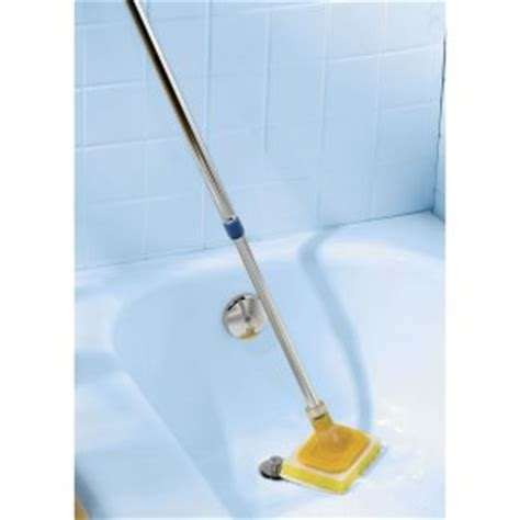 handled tub scrubber