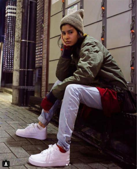 Sepatu Casual Wanita Lulia 5 tren musim dingin yang terinspirasi dari model di jepang