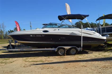 bowrider boats for sale in alabama 1995 sea ray sundeck boats for sale in alabama