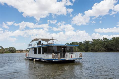 house boat holidays murray hawk silver murray houseboat holidays