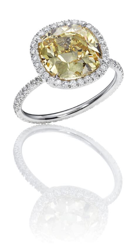 Harry Winston Engagement Ring by Harry Winston Engagement Rings Andino Jewellery