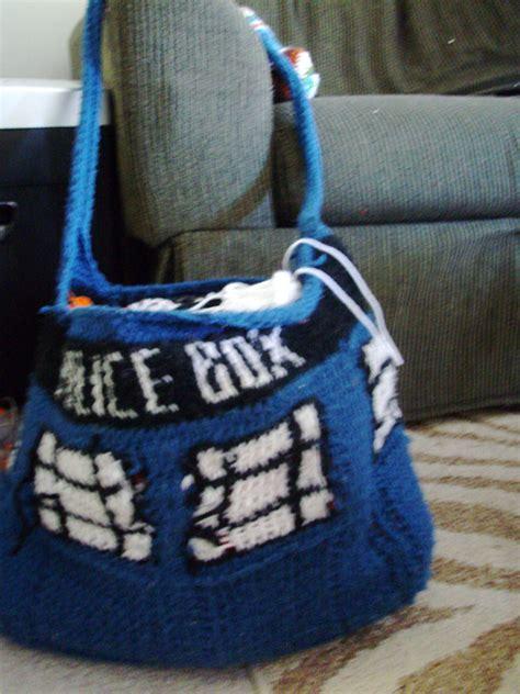 crochet tardis bag pattern tardis bag by supersinger6 on deviantart