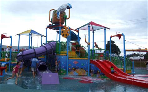 Tas Pool Cairns caravanning news readers choose top parks for