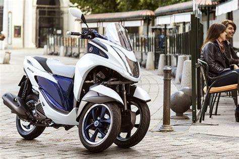 Dreirad Motorrad Roller by Erster Dreirad Roller Yamaha News Motorrad