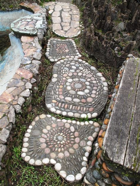 Seattle S Walker Rock Garden Pebble Mosaic Steps Rock Garden Seattle