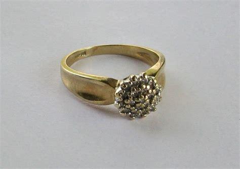 Plumb Gold Value by 10 Karat Plumb Yellow Gold Estate Cluster Ring