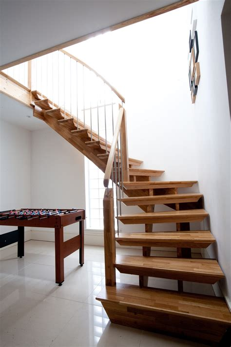 Modern Staircase Ideas Awesome Modern Simple Staircase Design Ideas With Varnished Wooden Tread And Stringer Beam