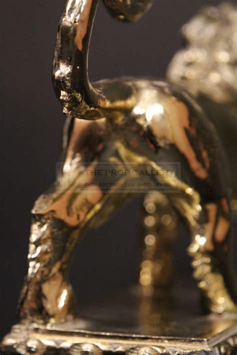 gladiator film lion the prop gallery roman lion standard