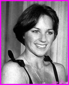 stacked bob haircutdorothy hamill hair dorothy hamill wedge haircut pics livesstar com