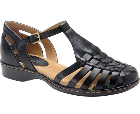 black closed toe sandals crafty sandals