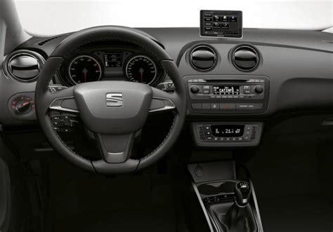 seat ibiza interni seat ibiza i tech tanta tecnologia di serie patentati