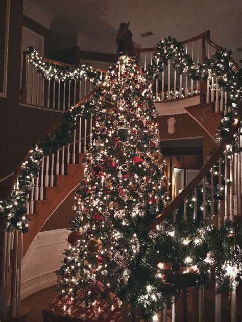 bedroom christmas tree 25 best ideas about victorian christmas tree on pinterest