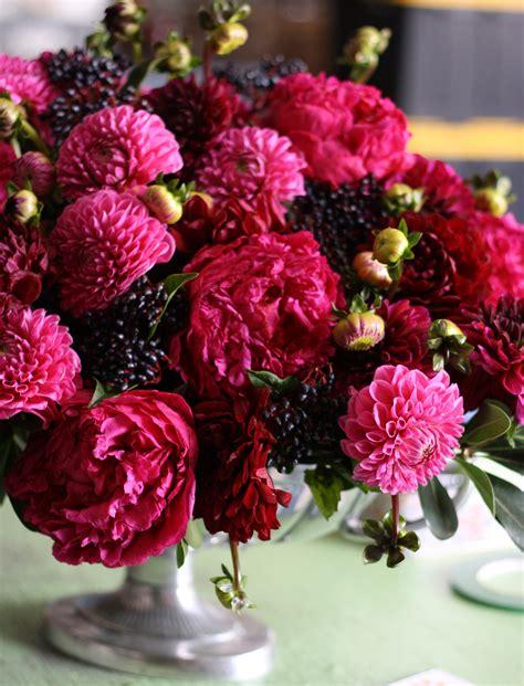 dahlias care and handling flirty fleurs the florist blog inspiration for floral designers