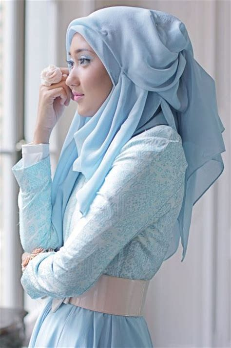 Bow Skirt Silk Dian Pelangi 1000 images about everyday college hijabi style on