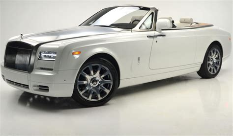 white 2017 rolls royce phantom drophead coupe