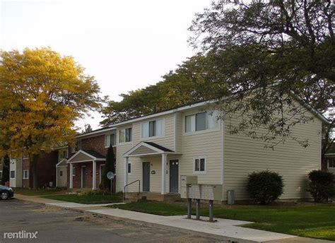 Milham Meadows Apartments 6103 Mallard Cir Portage Mi Michigan Housing Locator