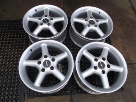 auscar tyrone  alloy wheels suit commodore vb vz