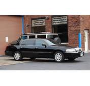 Lincoln Town Car Image 14
