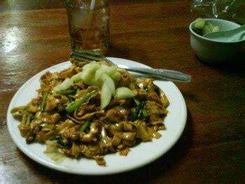 membuat mie tiaw goreng dunia