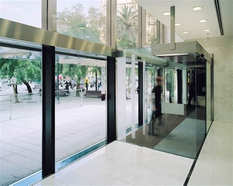 banc atlantic sabadell galer 237 a de marquesina y acceso a la torre banc sabadell
