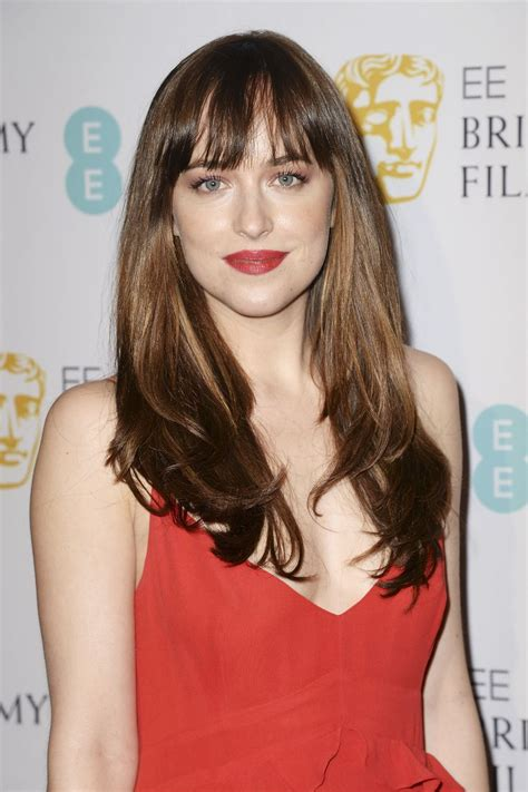 dakota johnson hairstyles and face shape the 25 best ideas about dakota johnson hair on pinterest