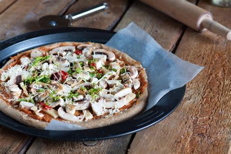 pizza fatta in casa calorie pizza integrale fatta in casa ricetta per l impasto