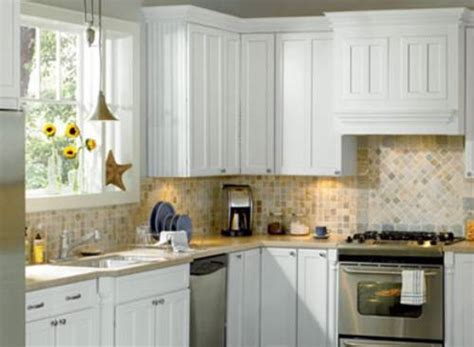 good quality kitchen cabinets reviews american woodmark cabinets reviews 2017 scandlecandle com