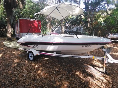 sea ray jet boat 1995 sea ray sea rayder jet 1995 for sale for 2 500 boats