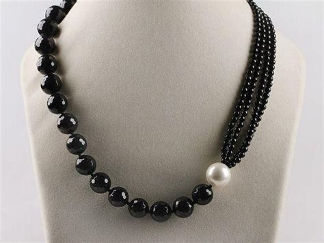 how to make bead necklace designs 25 best ideas about beaded necklaces on diy
