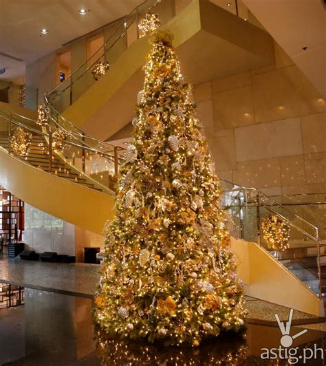 marriott manila lights up 18 foot tall christmas tree