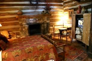 Rustic log cabin decorating ideas via store furniturehomedesign com