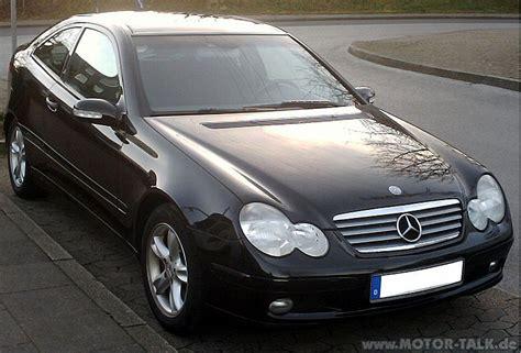 Welches Auto Ist Am G Nstigsten In Der Versicherung by 800px Mercedes C Klasse Sportcoupe Front Welches Auto