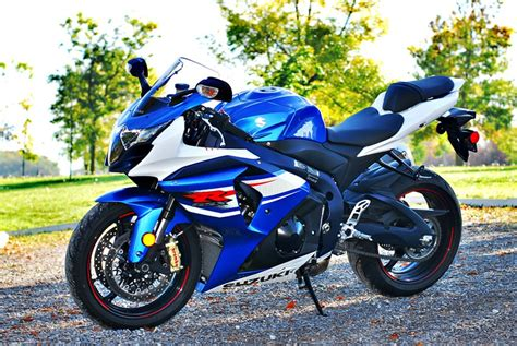 Suzuki Gsxr 1000 2013 2013 Suzuki Gsx R1000 Review