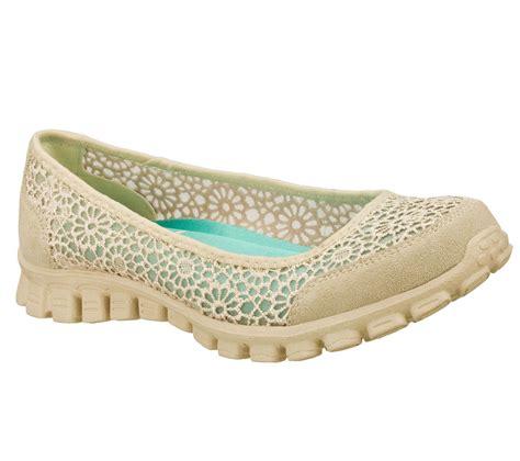 ez light up shoes buy skechers ez flex 2 sweetpeaslip on sneakers shoes