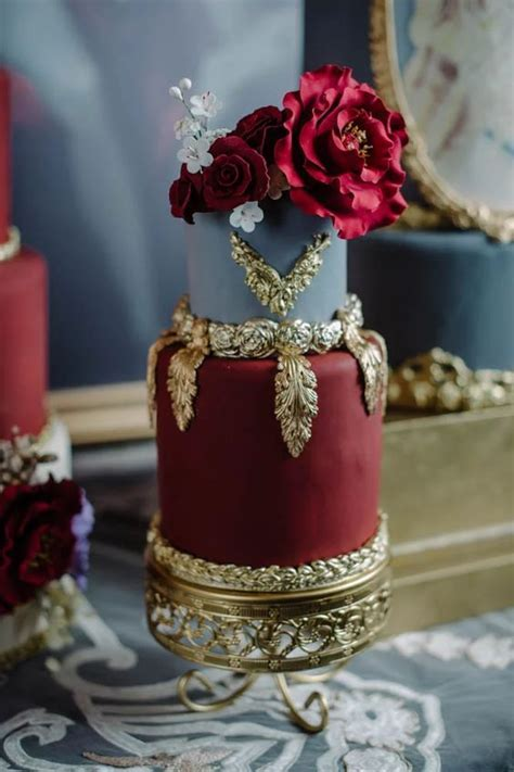 Top 20 Luxury Vintage Baroque Wedding Cakes   Roses & Rings