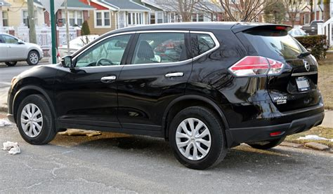 2007 rogue nissan file 2014 nissan rogue s awd rear left jpg wikimedia commons