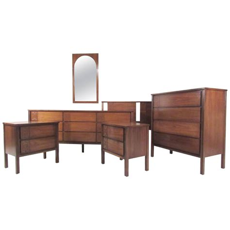 Stylish Mid Century Modern Seven Piece Bedroom Set For Modern Furniture Set