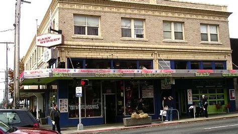 Seattle Washington Records Easy Records Cafe Seattle Washington Great Record Stores Kid