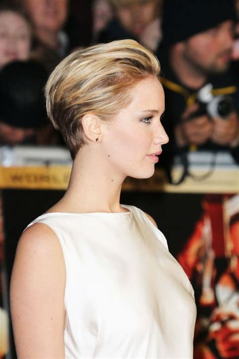 Come see jennifer lawrence s new haircut styled two ways woot for