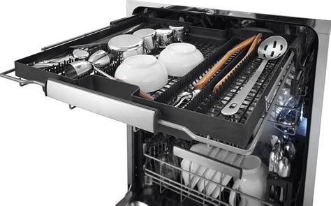 electrolux launches three new dishwashers packed with