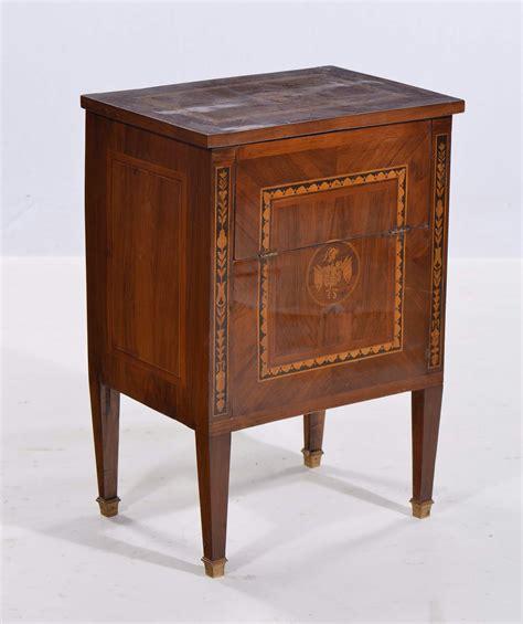 stile luigi xvi mobili comodino in stile luigi xvi con piano ribaltabile