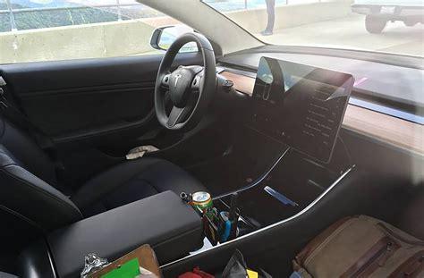 Tesla Interior Photos 2018 Tesla Model 3 Interior Via Imgur Motor Trend