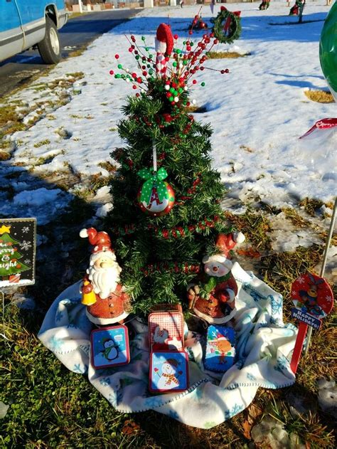 grave side christmas tree 17 best images about aaron s graveside flowers tree on valentines