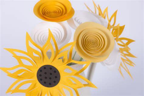 mazzo di fiori di carta fiori di carta mazzo giallo girasole cartacolorata it