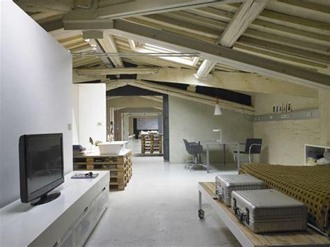 Idee De Deco Salon 4920 by Italie Un Loft Moderne Avec Une D 233 Co En Palettes