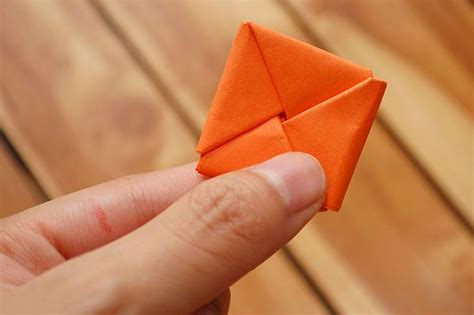 How To Fold Paper Into 10 Squares - how to fold paper into a secret note square