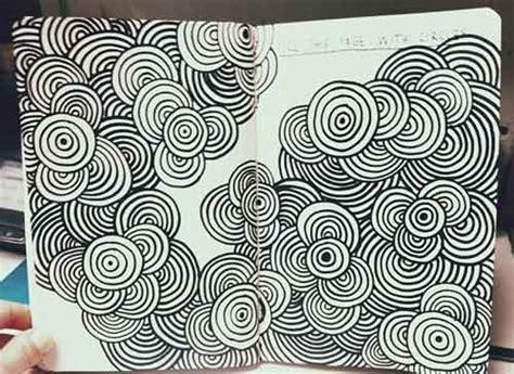 doodle wisuda 20 contoh gambar doodle simple mudah di tiru grafis