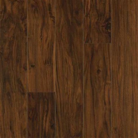 pergo xp kona acacia laminate flooring 5 in x 7 in